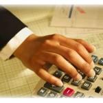 No dejes que el dinero se escurra entre tus dedos. Ten al día tus finanzas.