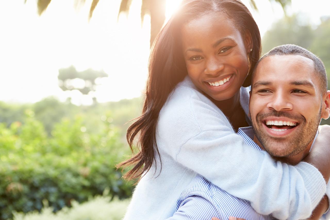 En pareja también se puede constituir un negocio productivo.