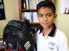 Juan David, el niño de la mochila antibalas