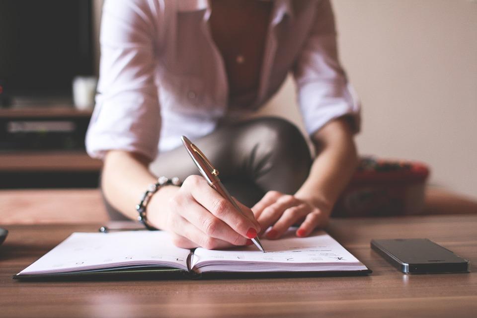¿Cómo puedo aprender a redactar? ¡Te lo decimos!
