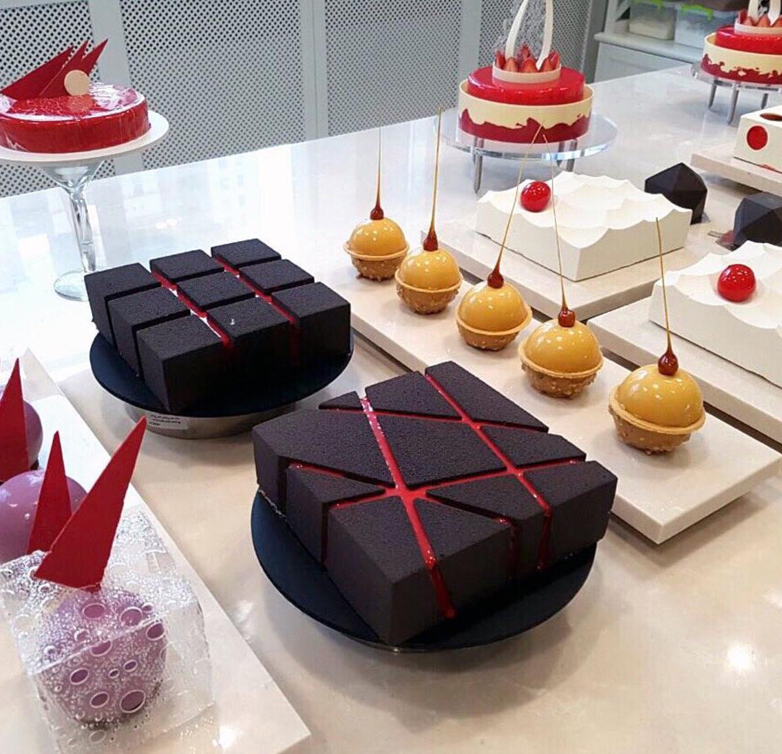 Descubre la nueva pastelería arquitectónica ¡Impresionante y deliciosa!
