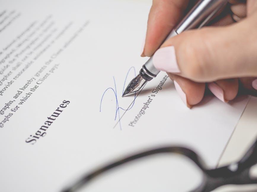 Signatura, certificación online de documentos legales
