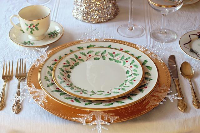 Una mesa de Navidad puede ambientar los momentos más especiales