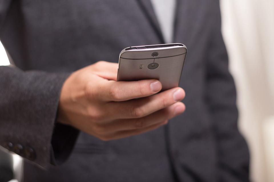 Ahorrar megas, las 4 apps que estabas buscando para no gastar tus datos