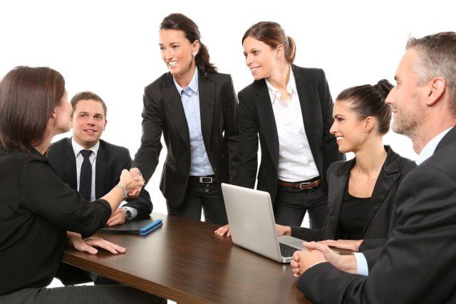 Estrategias y acciones para posicionarse como jefes y empresa
