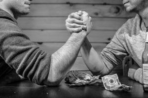 Antes de considerar pedir un dinero a algún familiar, te recomendamos leer los siguientes escenarios que se podrían presentar.