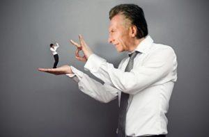 Analiza estos factores a la hora de despedir a un empleado