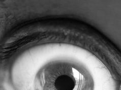 Blefaroespasmo, un reflejo que te puede indicar una falla en la vista
