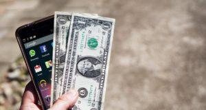 Dinero móvil, herramienta para aumentar el acceso a servicios financieros