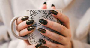 Uñas magnéticas, la última tendencia en pintura de uñas