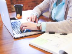 negocios-online-laptop